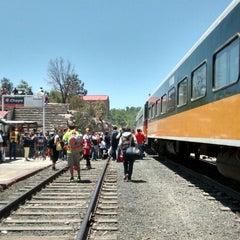 Photo taken at Ferrocarril Chihuahua Pacífico (Chepe) Estación Divisadero by Yazzie Ortega 😎 on 5/2/2014