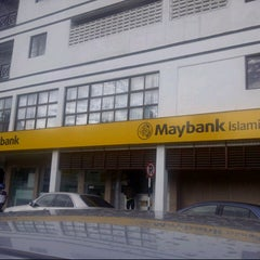 Photo taken at Maybank by Haikal R. on 12/26/2012