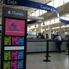 Photo taken at Hiperlumen by Gerardo on 9/28/2012