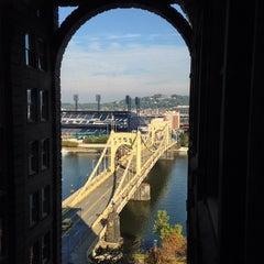 Photo taken at Renaissance Pittsburgh Hotel by David T. on 9/30/2014