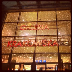 Photo taken at Galeria Krakowska by Keidy🎀 K. on 12/7/2012