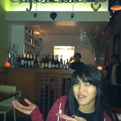 Photo taken at Cafe Linda's by Lin-duhh!! . on 12/15/2012