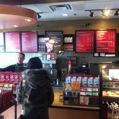 Photo taken at Starbucks by Oscar J. on 11/8/2012