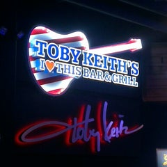 Photo taken at Toby Keith's I Love This Bar & Grill by Svitla on 3/30/2013