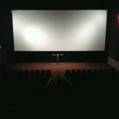 Photo taken at Kinoplex by Tiago B. on 1/13/2013