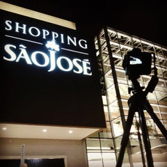 Photo taken at Shopping São José by Rubens N. on 4/11/2013