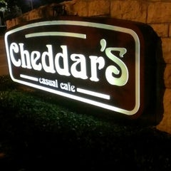 Photo taken at Cheddar's Casual Cafe by Greg L. on 11/23/2012