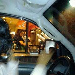 Photo taken at Starbucks by Shu Shu M. on 9/18/2012