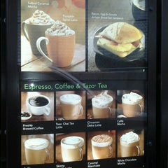 Photo taken at Starbucks by Shu Shu M. on 10/14/2012
