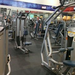 Photo taken at 24 Hour Fitness by Tim W. on 4/19/2013