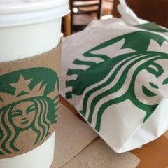 Photo taken at Starbucks by Mil P. on 4/16/2013