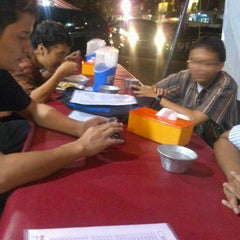 Photo taken at BEBEK GORENG SBY by Mochamad Agus S. on 12/27/2012