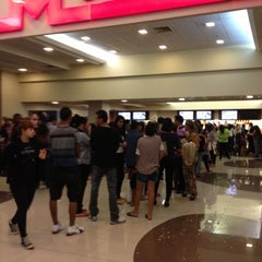 Photo taken at Cinemark by Natacha S. on 11/15/2012
