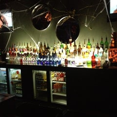 Photo taken at Atmosphere Ultra-lounge by Lucky on 10/29/2012