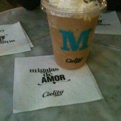 Photo taken at Cielito Querido Café by Edghar on 3/26/2013