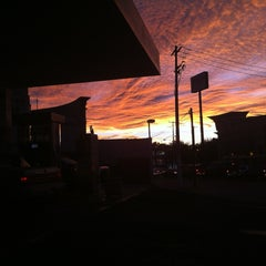 Photo taken at Gasolinera Pemex 7675 by Esther on 1/30/2013