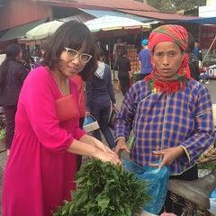 Photo taken at Chợ Đông Kinh by Tracy on 3/9/2013