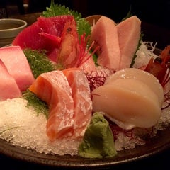 Photo taken at Oonami 濤 by Kevin W S K. on 10/2/2014
