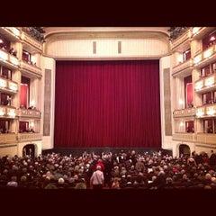 Photo taken at Wiener Staatsoper by MissisDaniels on 12/4/2012