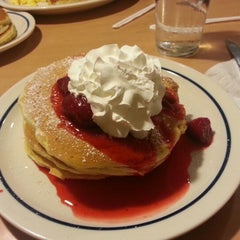 Photo taken at IHOP by Nerdy D. on 2/9/2013