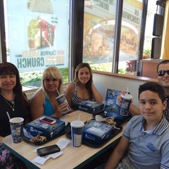 Photo taken at Taco Bell by Jorge D. on 10/29/2014