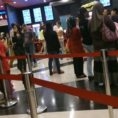 Photo taken at Eastern Cineplex Tawau by 黄 治. on 12/10/2014