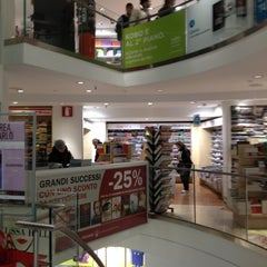 Photo taken at Mondadori Multicenter by Youssef G. on 11/7/2012