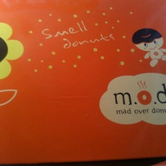 Photo taken at Mad Over Donuts by Rakesh K. on 9/15/2012
