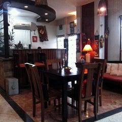Photo taken at Siska Salon by Rizal H. on 11/16/2012