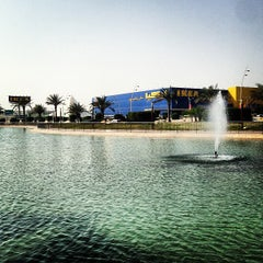 Photo taken at Mall of Dhahran | مجمع الظهران by Firas on 3/1/2013