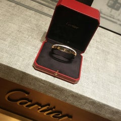 Photo taken at Cartier | كارتييه by ReeM A. on 8/12/2013