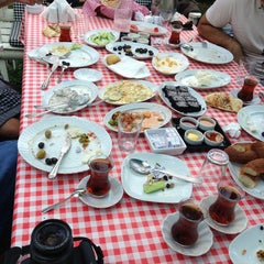 Photo taken at Alaşara Restaurant by toprak.blnc . on 6/29/2013