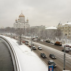Photo taken at Большой Каменный мост / Bolshoy Kamenny Bridge by Oksana V. on 3/15/2013