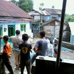 Photo taken at Jalan Raya Kertek-Wonosobo by Agung A. on 12/22/2012
