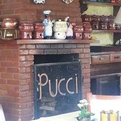 Photo taken at Restaurante Pucci by Yara B. on 3/10/2013