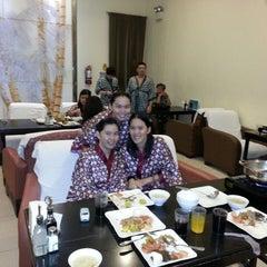 Photo taken at Wensha Spa by Kathryn Joyce B. on 5/19/2013