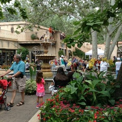 Photo taken at Tlaquepaque by Makiko M. on 7/6/2013