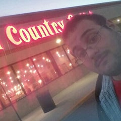Photo taken at Old Country Buffet by Joe O. on 10/14/2015