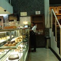 Photo taken at Fran's Café by Gabriel L. on 10/2/2012