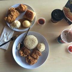 Photo taken at KFC by Jiayi 9. on 6/10/2014