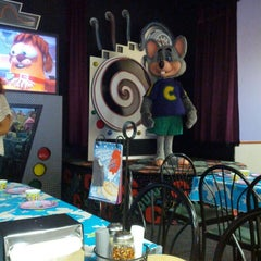 Photo taken at Chuck E. Cheese's by Bobby B. on 9/21/2014