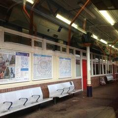 Photo taken at Platform 3 by Vivien B. on 8/26/2013