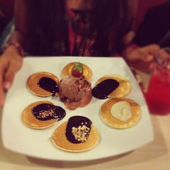Photo taken at Mr. Pancake by Jessica Y. on 10/26/2012