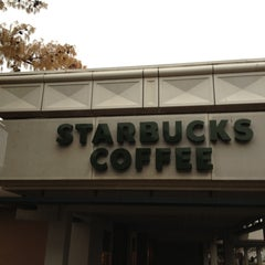 Photo taken at Starbucks by Myron B. on 4/16/2013