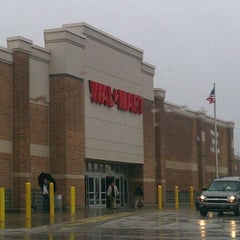 Photo taken at Walmart by Srdjan B. on 3/10/2011