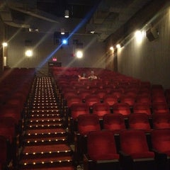Photo taken at City Cinemas Village East by Ra'mon-Lawrence C. on 7/5/2012