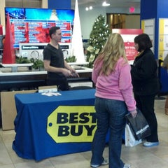 Photo taken at Best Buy by The Local Tourist on 12/14/2012