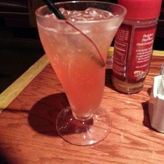 Photo taken at Red Robin Gourmet Burgers by David J. on 7/20/2013
