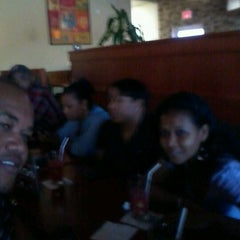 Photo taken at Tony Roma's by D'angelo A. on 10/6/2012