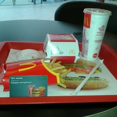 Photo taken at McDonald's by Kārlis S. on 9/19/2012
